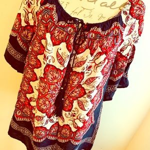 Gorgeous Cato Fall Top